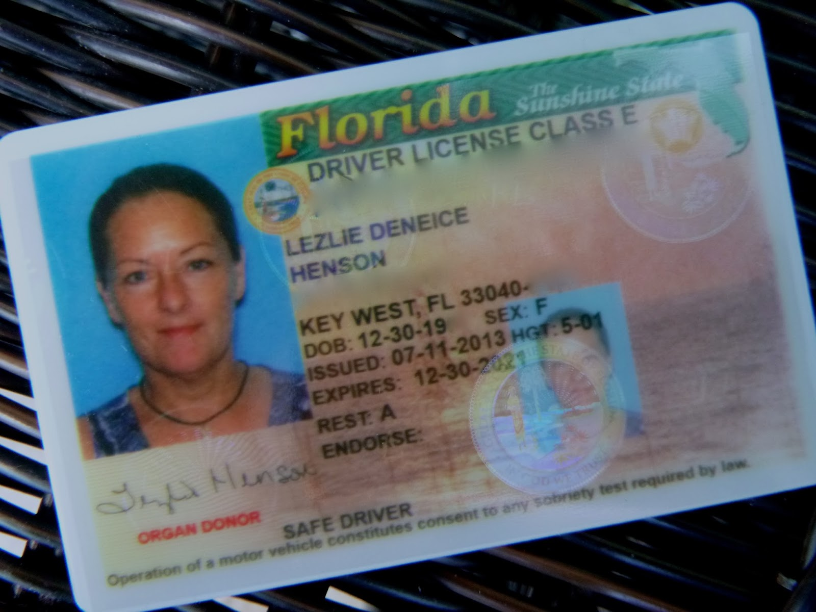 DMV Driver's License Handbooks & Manuals | DMV.ORG