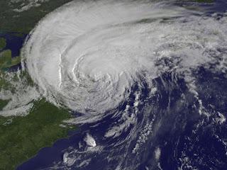 Ураган Irene за 28 минут до того, как он обрушился на Нью-Йорк