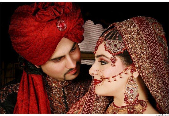 Pakistani bride groom couples wedding pictures fashion world latest