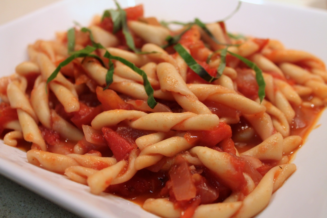 Cook In / Dine Out: Pasta with Fresh Tomato Sauce