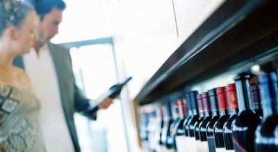 Consejos sobre si merece la pena comprar vino en Internet
