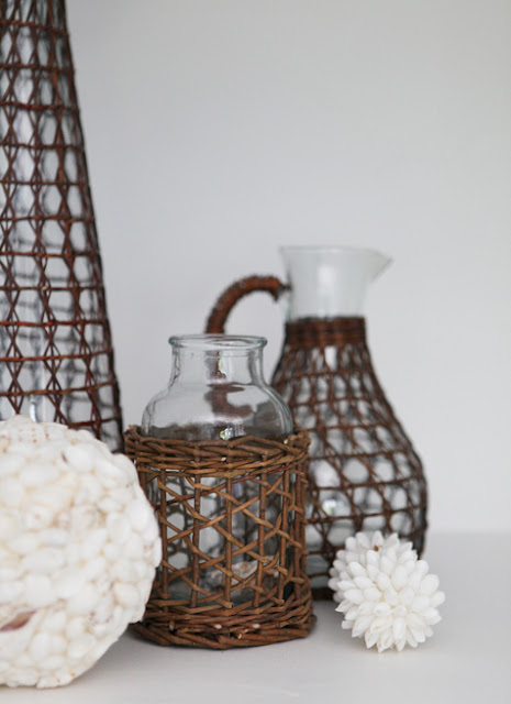 Brooke Jones Wicker Vase Seashell Ball