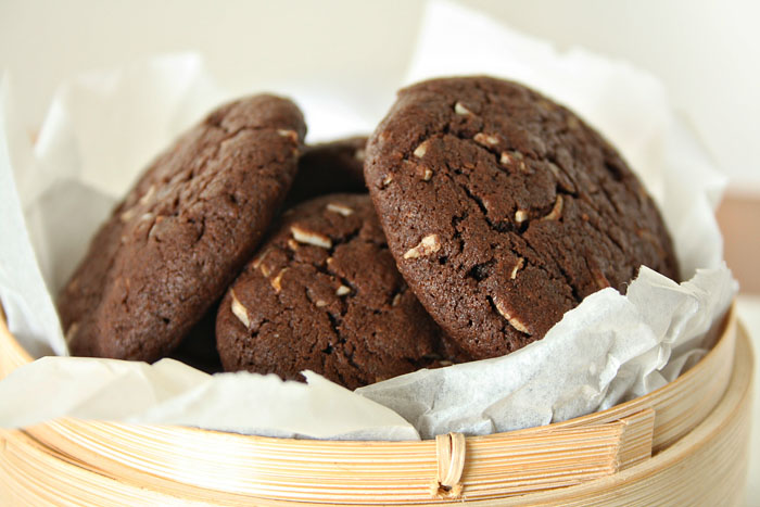 Let's Feast: Chocolate Coconut Biscuits