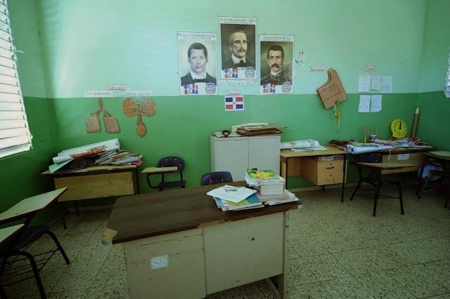 Por faltas de profesores todavía en el 2015 no han iniciado docencias en Bohechío