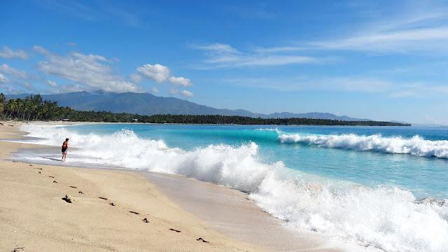 Dahican Beach. Mati, Davao Oriental