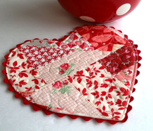 Amy Made That! ...by eamylove: Pattern Launch: Be My Valentine ...