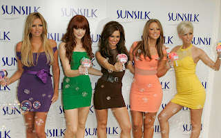 Cheryl Tweedy With Other Hot Female Celebrities Sunsilk Group Photo