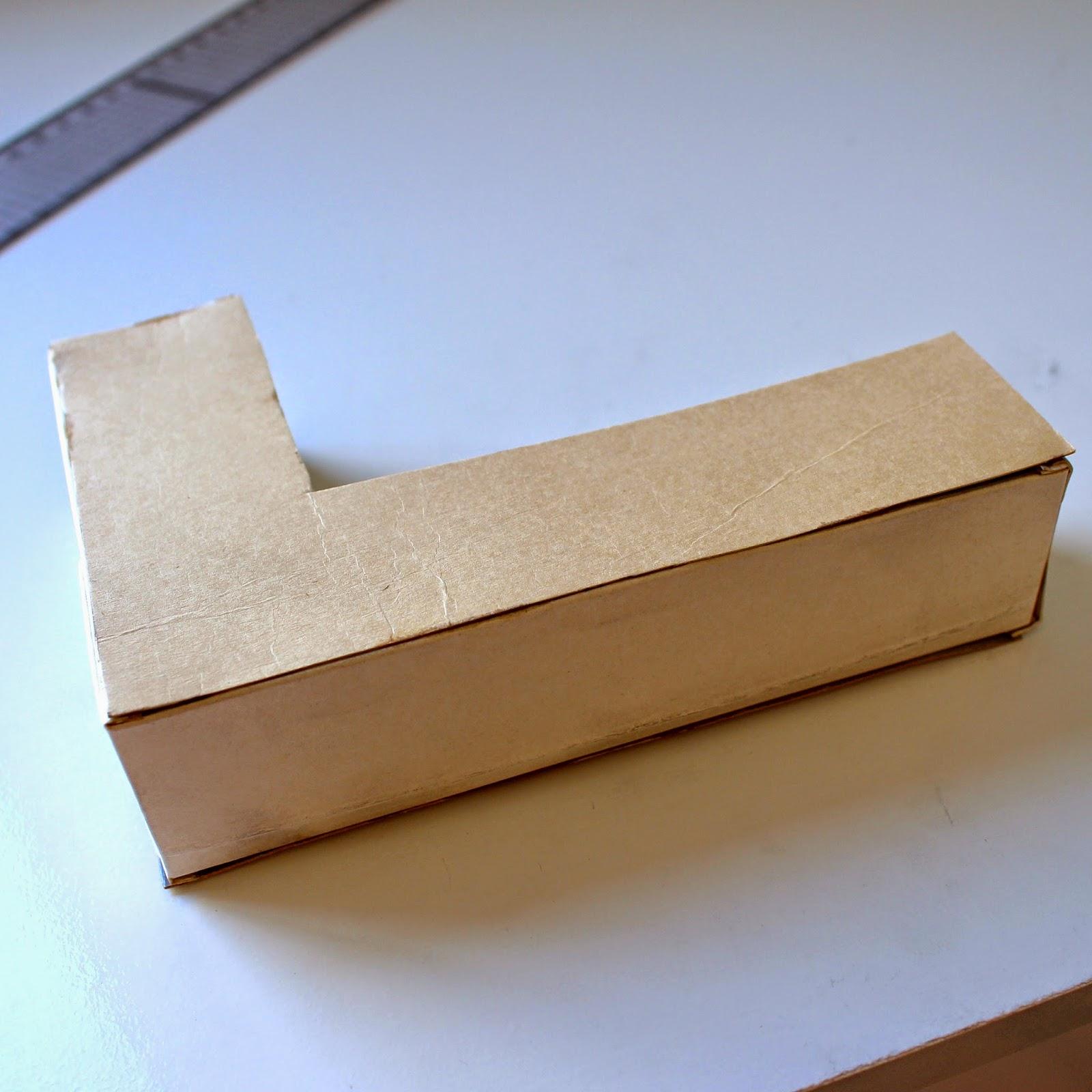 Letras de papelão