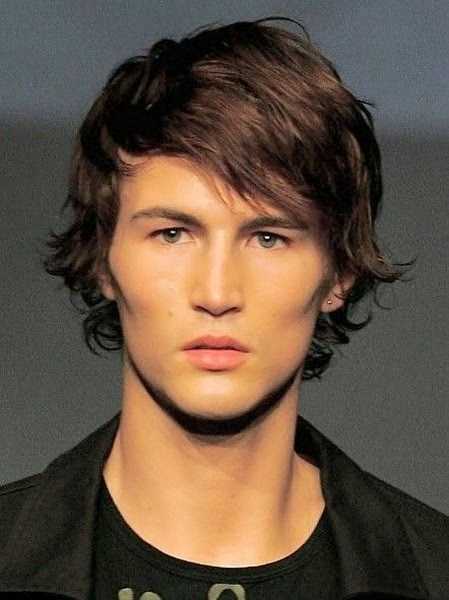 Short hairstyle Picture For Men