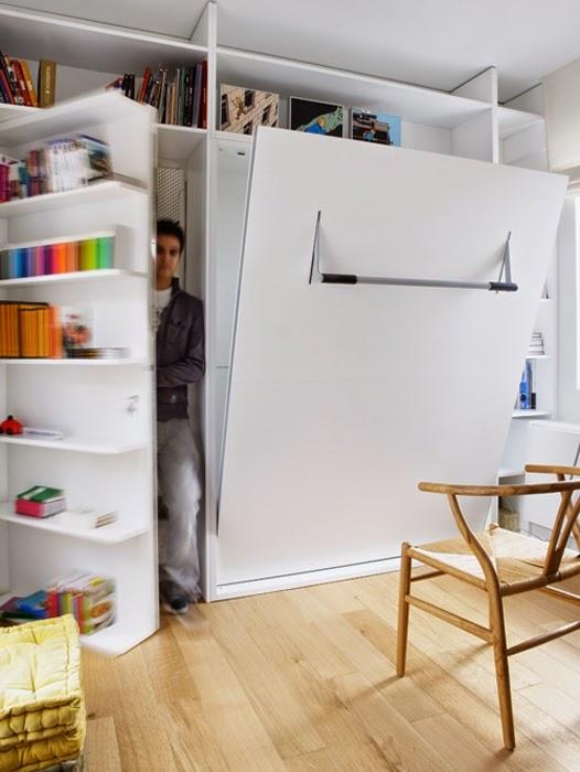 Tür und Zimmer in doppelter Nutzung - Wohnen in klein!