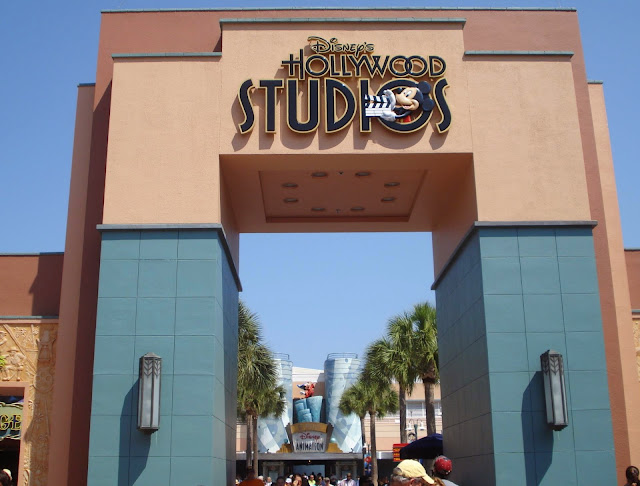 Hari Pelancaran Disney's Hollywood Studio