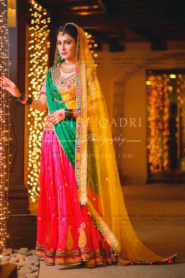 Mehndi Dresses For Wedding In : Ayeza khan and danish taimoor mehndi celebrations mayoon