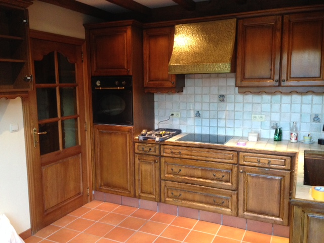 Meubelrenovatie Renovatie van een eiken keuken te Gent
