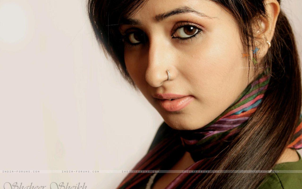 http://3.bp.blogspot.com/-Ml2sYWjsD_I/ThULLgEupII/AAAAAAAAEQY/Uzr4PBXKXz4/s1600/Sana+Sheikh+Latest+Pictures+%25283%2529.jpg