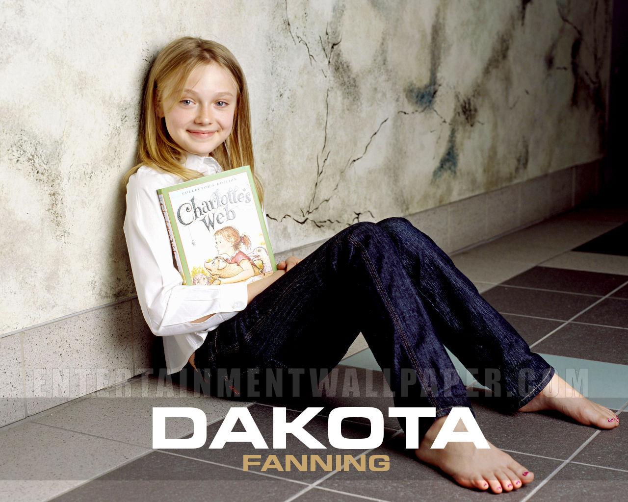 http://3.bp.blogspot.com/-Ml5ABuP6wWk/UD3JtsDjZ-I/AAAAAAAAB2w/Di7Ike7dSAA/s1600/Dakota+Fanning_7.jpg