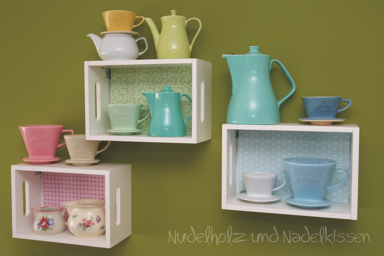 nudelholz und nadelkissen regalboxen. Black Bedroom Furniture Sets. Home Design Ideas
