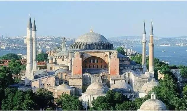 Τζαμί η Αγιά Σοφιά, χωρίς αντίδραση από την Ελλάδα