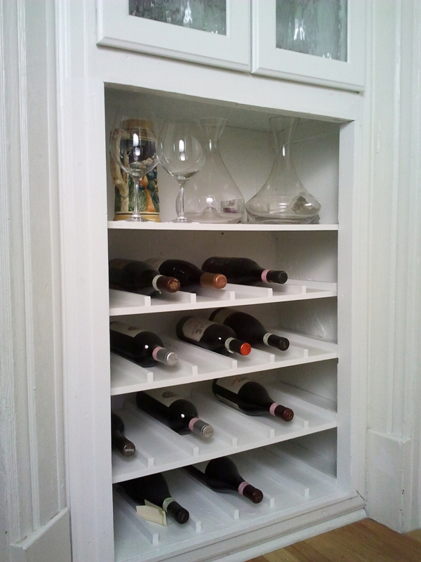 Sweet inspired home built in wine cabinet for Built in wine racks for kitchen cabinets