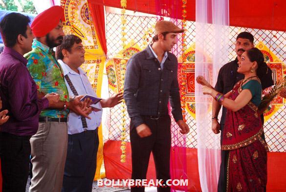 , Ranbir Kapoor On Location Of 'taarak Mehta Ka Ooltah Chashmah'