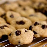 Biscotti di Pasta Frolla con Gocce di Cioccolato