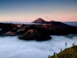 sun rises gunung bromo