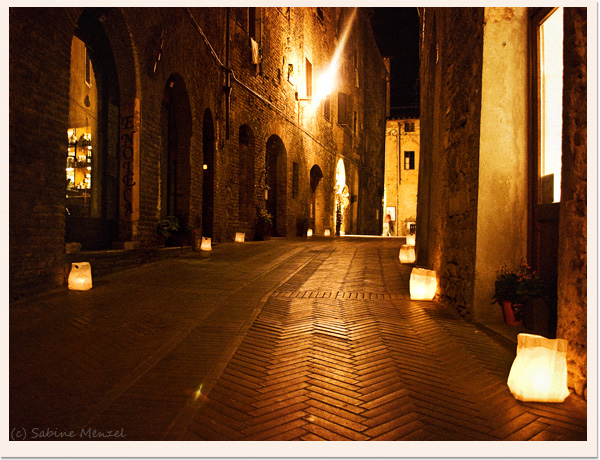 Psynopsis San Gimignano at Night Architecture
