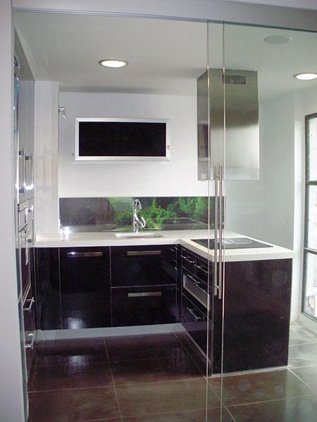 puertas correderas de cristal cocinas modernass