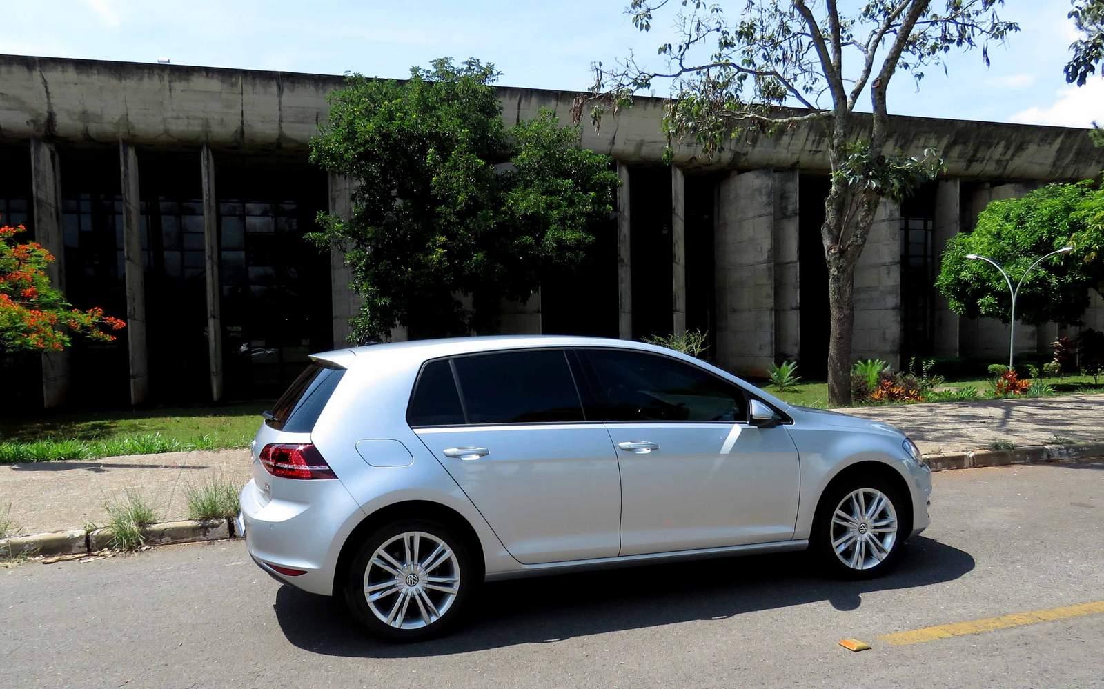 VW Golf - hatch médio mais vendido - dezembro de 2015