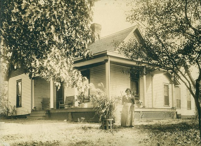 Betty Elliott Winstead at home Nebo, KY