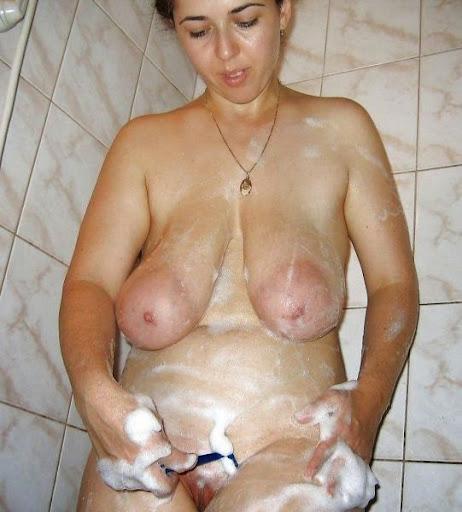 Nackt Bilder : Hängende Schlauchtitten   nackter arsch.com