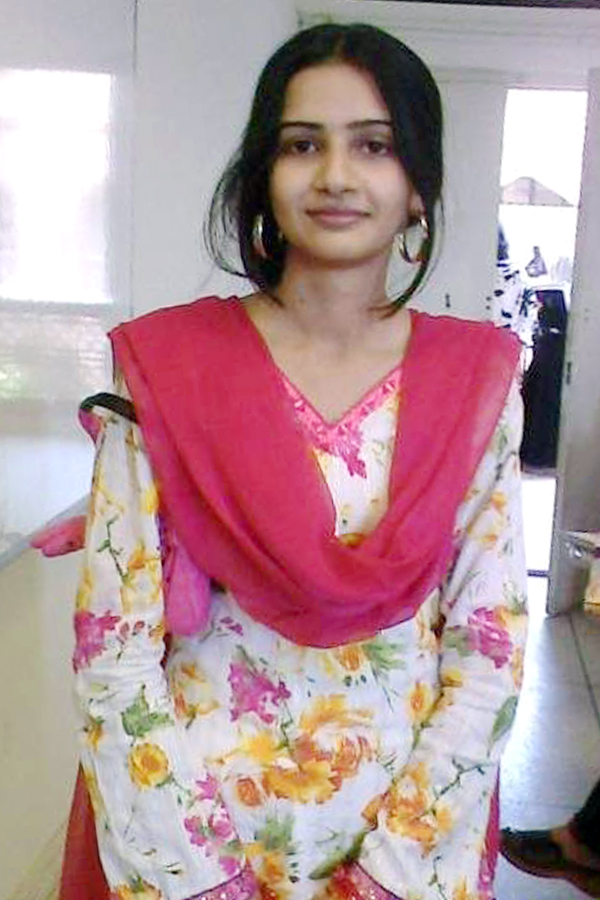 lahore girls Lahore hot girls  in addition, gay online dating reduces the risk of meeting a complete stranger with no information at all to meet and build a healthy relationship join millions of people 100% free dating sites, which are easy to reach, and waiting for you to find your perfect match and that you deserve.