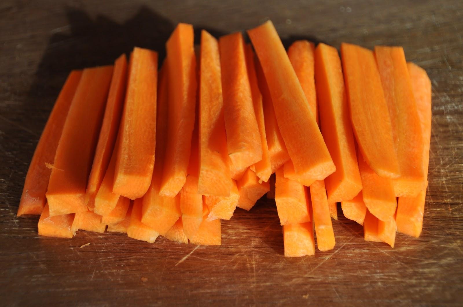 how to cut korean carrots