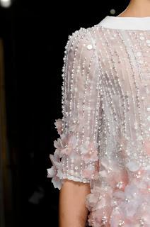 haute couture dentelle soie fait main