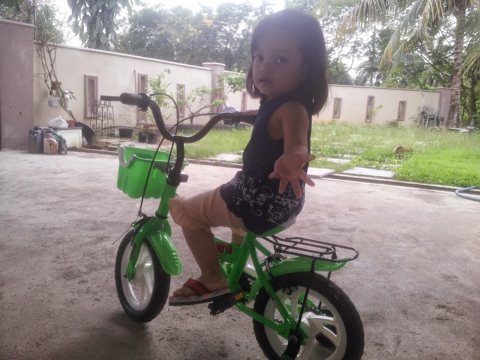 Abah Nurin belikan basikal baru bila kami dok bincang apa aktiviti ...