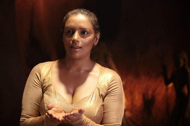 Swetha Menon Hot Pics Filmyscope