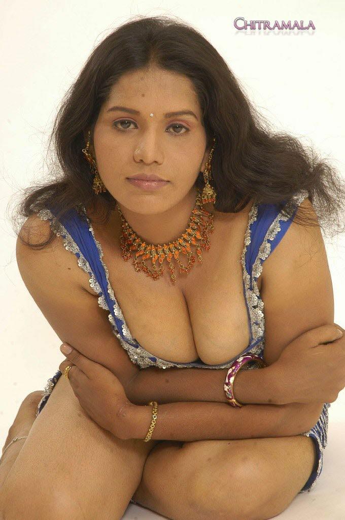mallu bhabhi aur chu nude