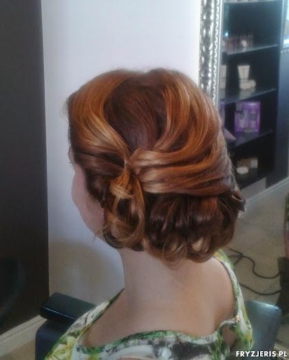 fryzura ślubna 24