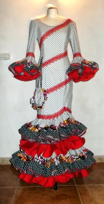Maria Isabel Mena moda flamenca  , fiesta........
