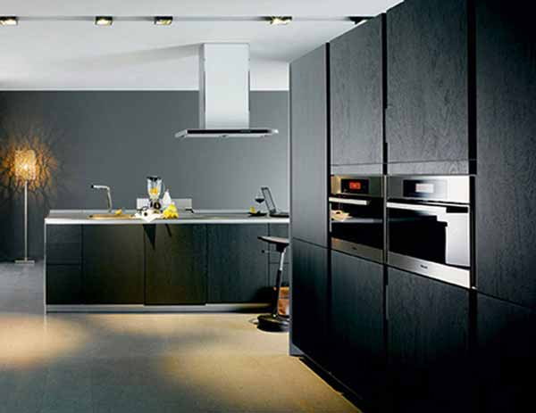 Black kitchen cabinets photo gallery best kitchen places for Small kitchen black cabinets