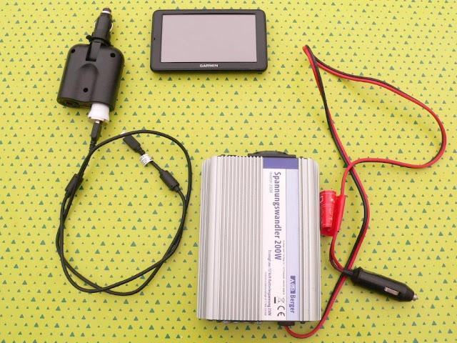 Camping Campingtrip Zelten Wohnmobil Wohnwagen Ausrüstung Tips Tipps und Tricks elektronische Hilfsmittel Stromwandler Adapter Zigarettenanzünder