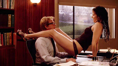 matthew modine pulls off mary-louise parker's wet panties