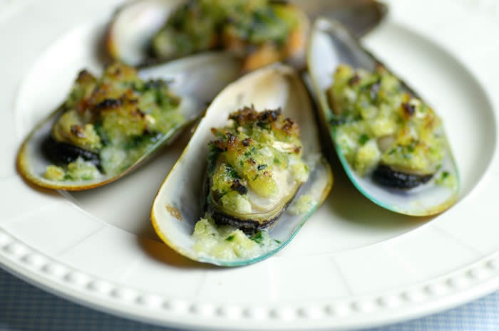 MyShare: Mussels with Garlic and Parsley Butter