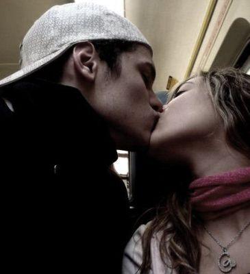 Namorados Se Beijando