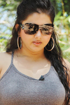 Namitha in T Shirt hotpants and Glasses, Celebs Sunglassess Online