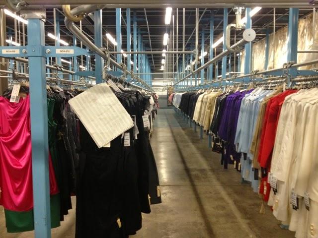 Cloth-Warehouse
