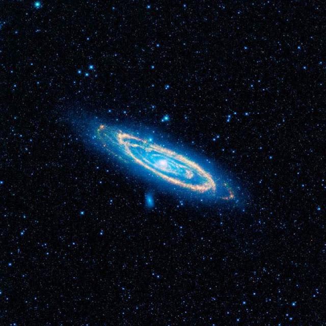 Galáxia de Andrômeda no Infravermelho