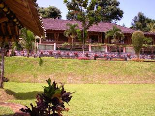 Tempat Outbound Bogor, Villa Ratu