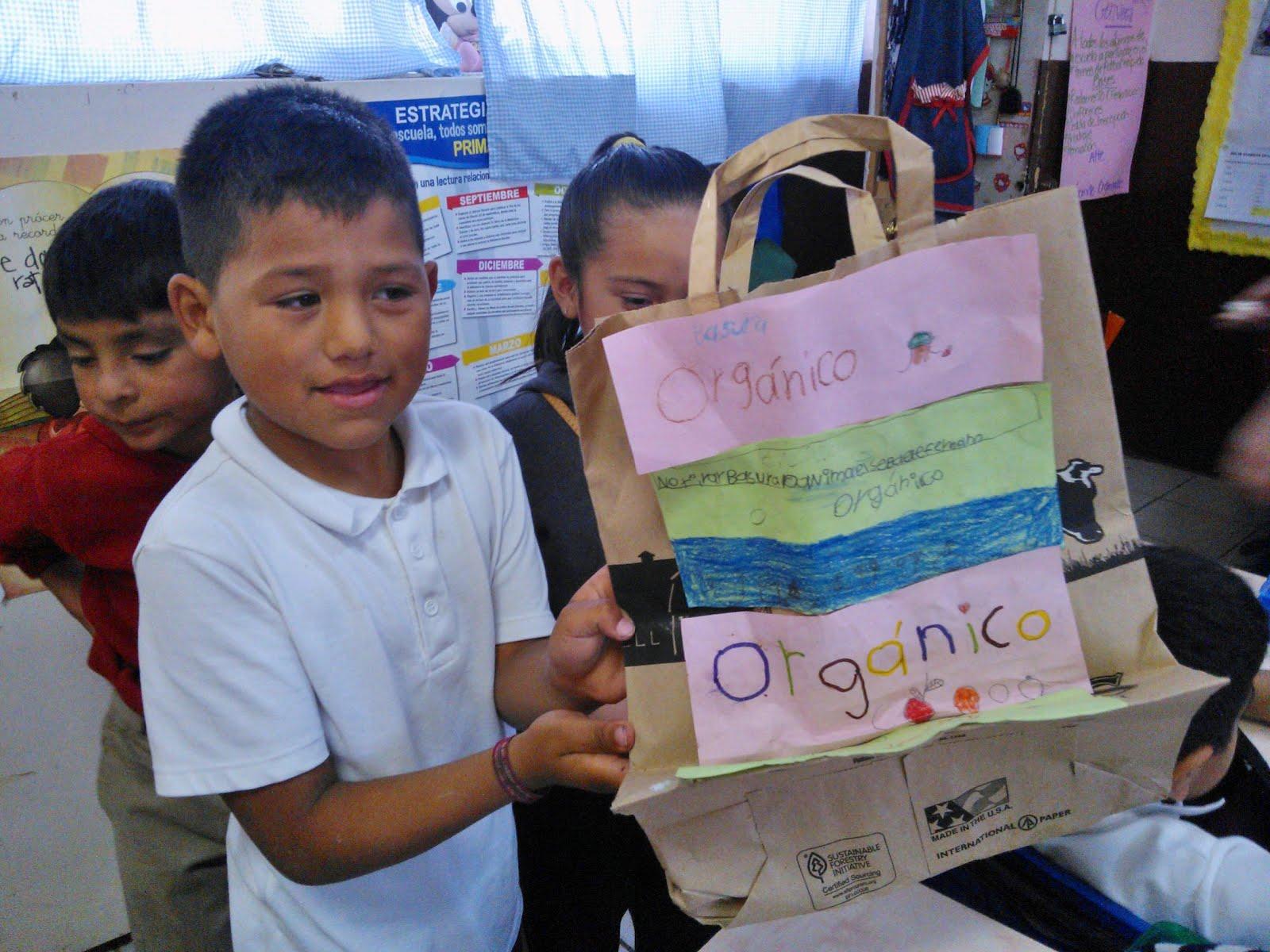Talleres en Escuelas publicas y llegar a cientos de niños tijuanenses.