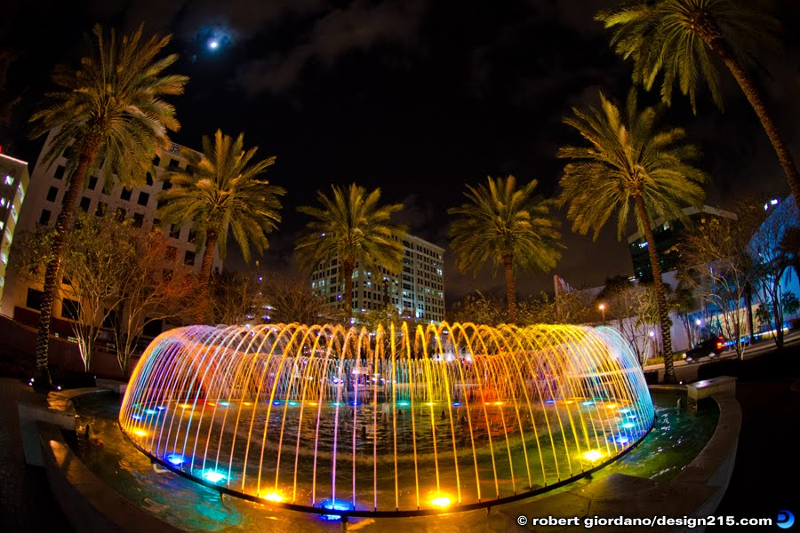 Fountain in Bubier Park, downtown Fort Lauderdale, FL, Copyright 2012 Robert Giordano