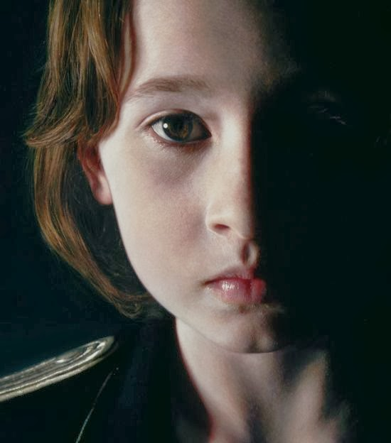 Gottfried Helnwein paintings hyper-realistic little girls injured innocence violence The murmur of the innocents - war, blood and little girls, mixing innocence and violence